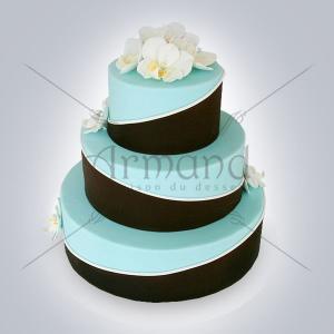 Tort de nunta bleu si negru Orhidee albe