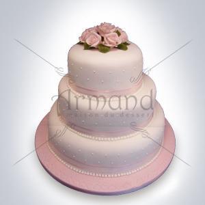 Tort Roz pal cu trandafiri