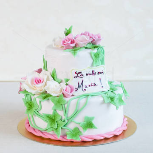 Tort Flori elegante si iedera
