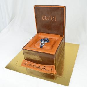 Tort Cutie ceas Gucci