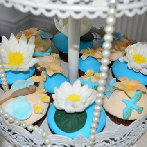 Cupcake flori de nufar