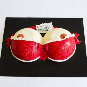 Tort bust sexy