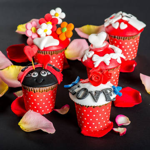 Colectia Cupcake Valentines Day