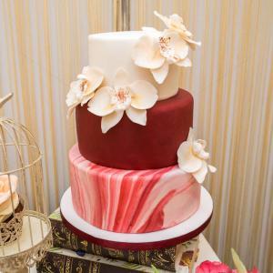 Tort Orhidee alb imaculat