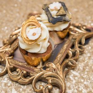 Cupcake Golden Vintage