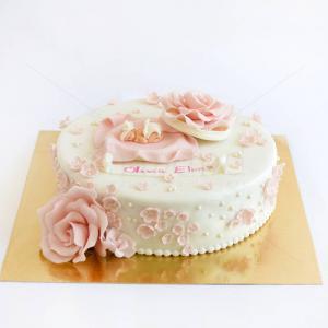 Tort Bebelus si flori