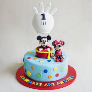 Tort Mickey si Minnie in balon