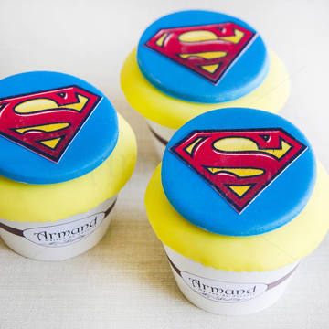 Cupcake Superman 2