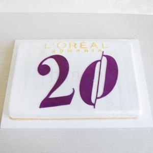Tort logo Loreal - 20 de ani