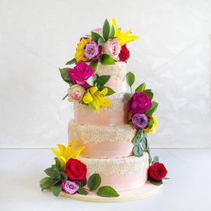 Tort Dantela si flori naturale