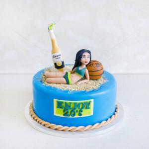 Tort Domnisoara la plaja