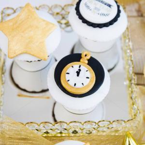 Cupcakes ceasuri Revelion