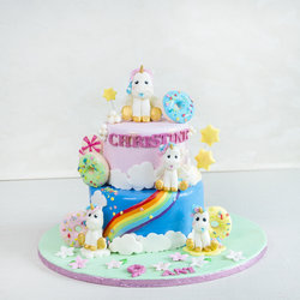 Tort Figurine Unicorni si Curcubeu