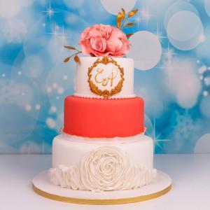 Tort nunta imperial cu initiale