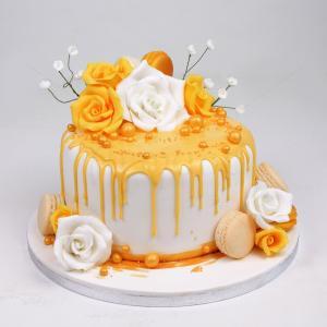 Tort trandafiri albi si galbeni