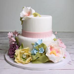 Tort nunta flori pastelate