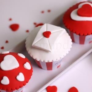 Cupcake colectie Valentine's inimioare