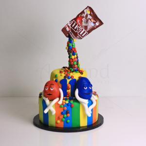 Tort bomboane colorate