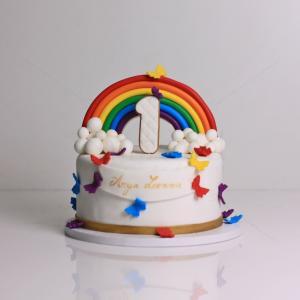 Tort curcubeu si fluturasi