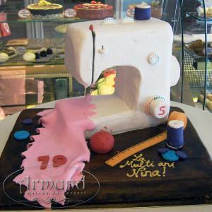 Tort Masina de cusut
