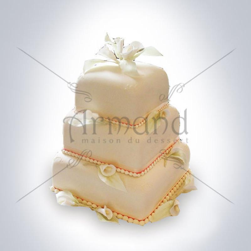 Tort de nunta patrat Cale ivory
