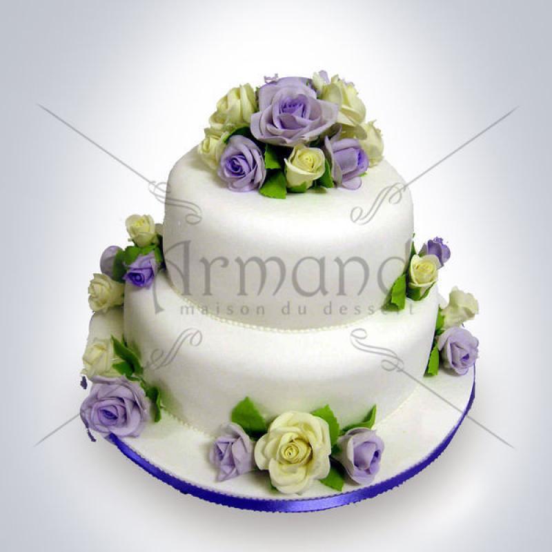 Tort Trandafiri albi si mov