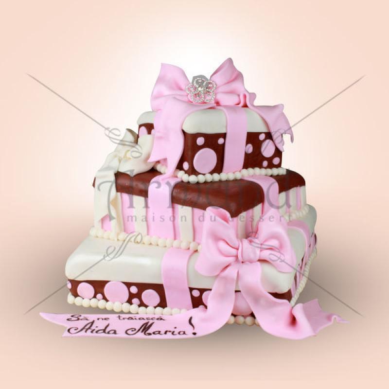 Tort Cadouri cu fundite roz