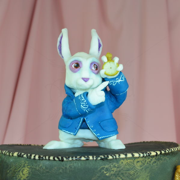 Tort Alice in wonderland