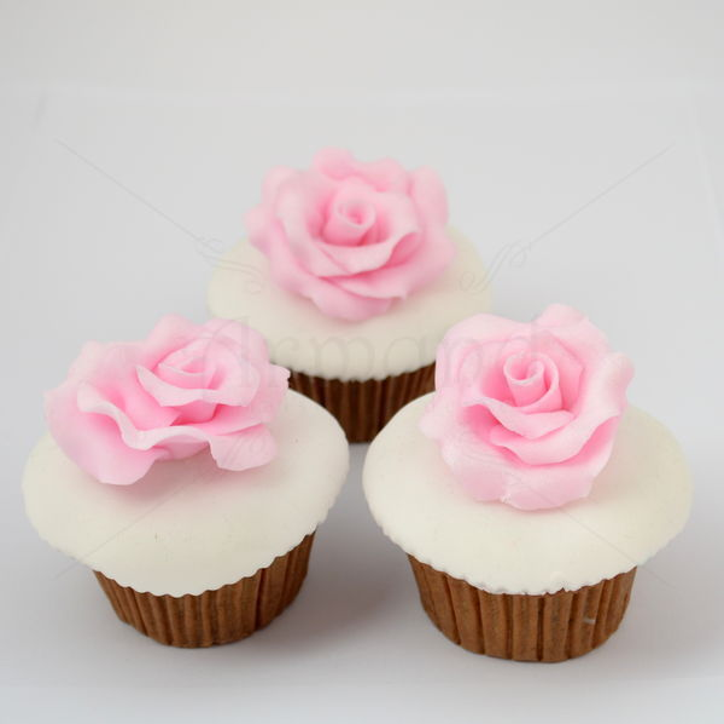 Cupcake Trandafiri roz