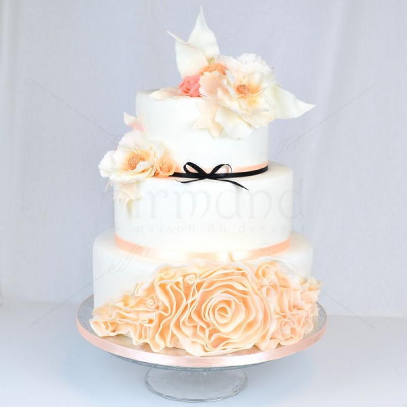 Tort de nunta Delicat Pink