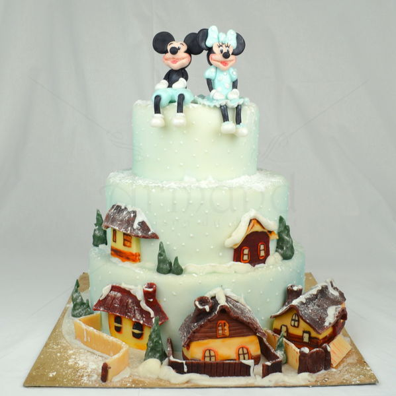 Tort de botez Mickey si Minnie iarna