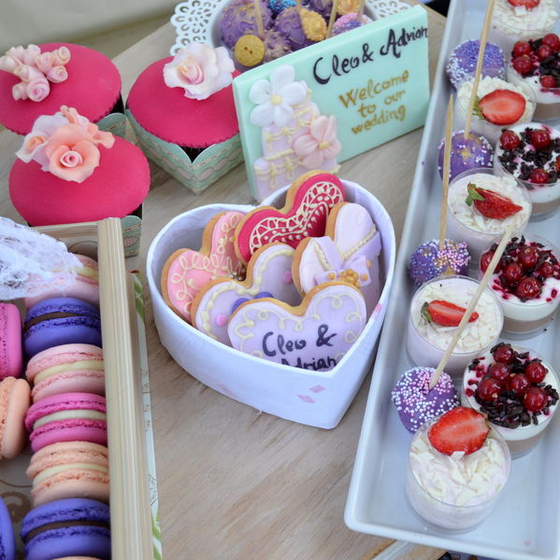 Candy bar nunta Fuchsia, roz, mov si lila