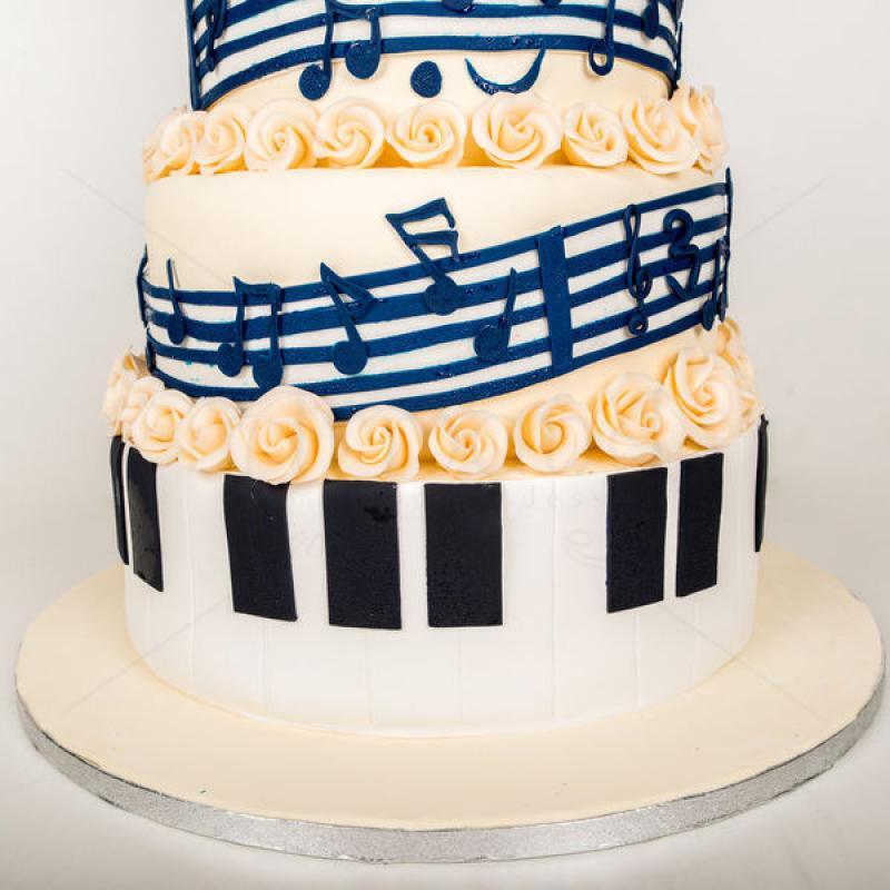 Tort nunta Note muzicale si vinil