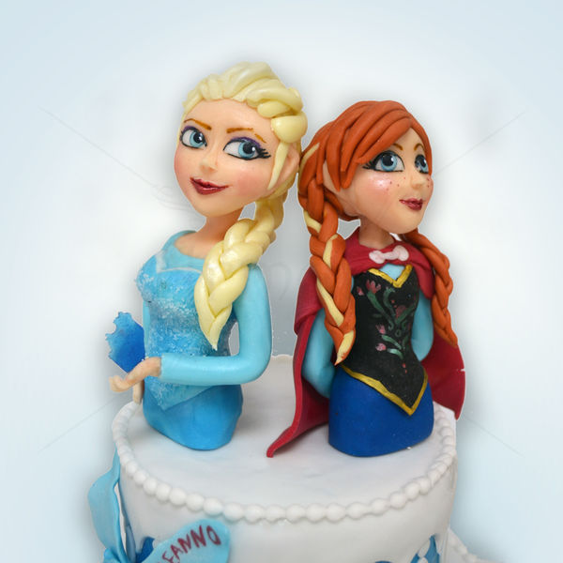 Tort figurine Ana si Elsa