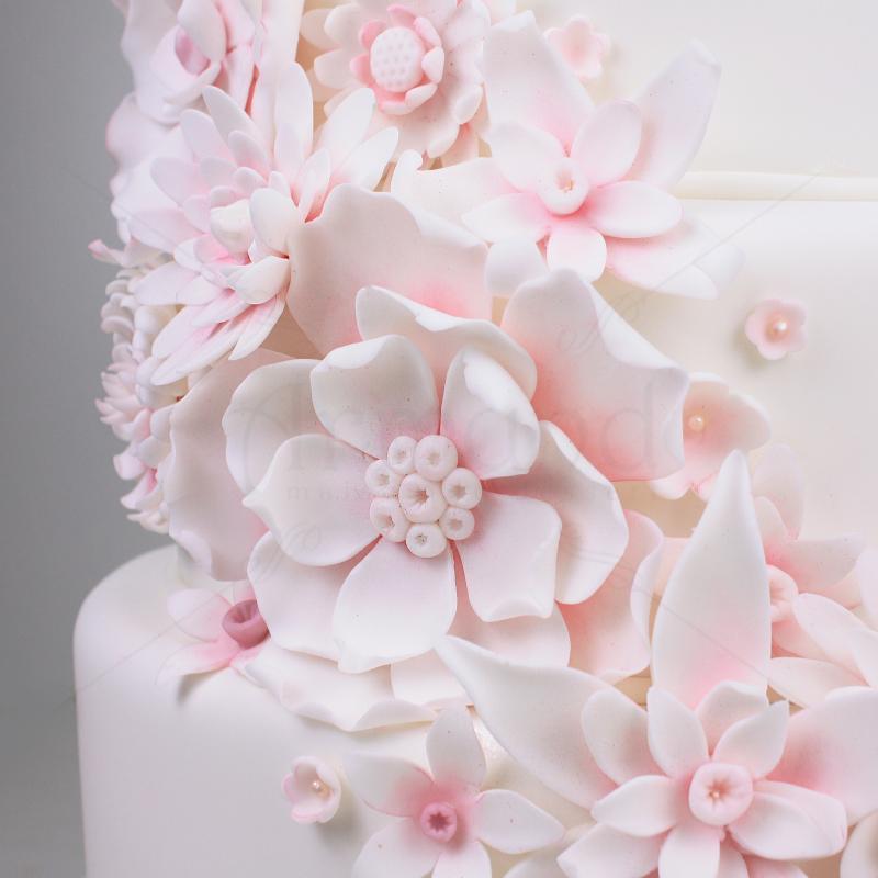 Tort Flori pudrate