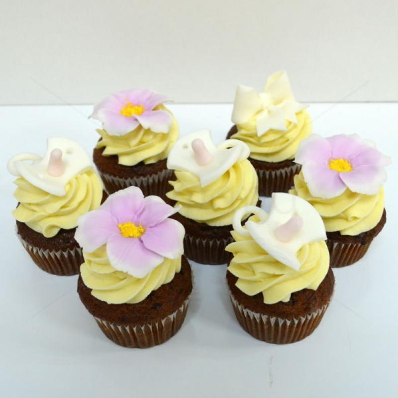 Colectie cupcake suzeta si flori