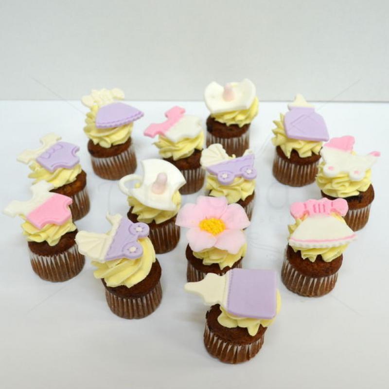 Mini cupcakes botez fata
