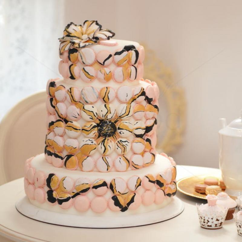 Tort de nunta Macaron pictat
