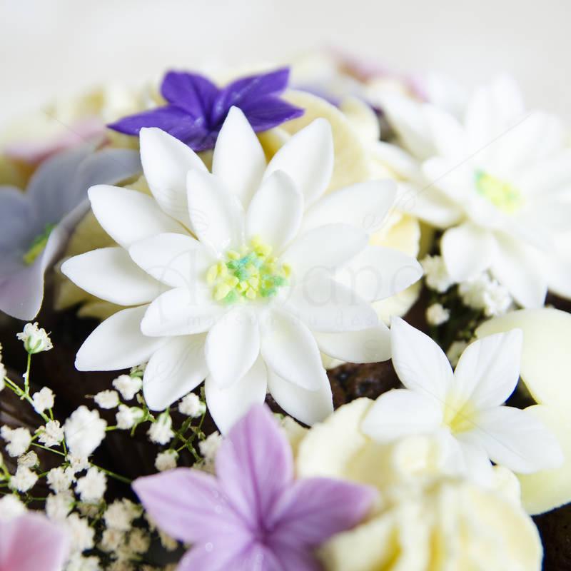 Aranjament floral cupcake