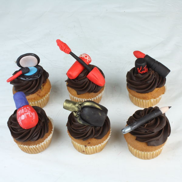 Colectia cupcakes make-up