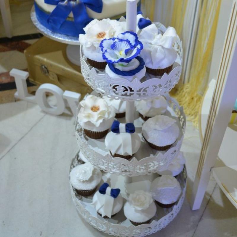 Cupcakes elegante albastru marin