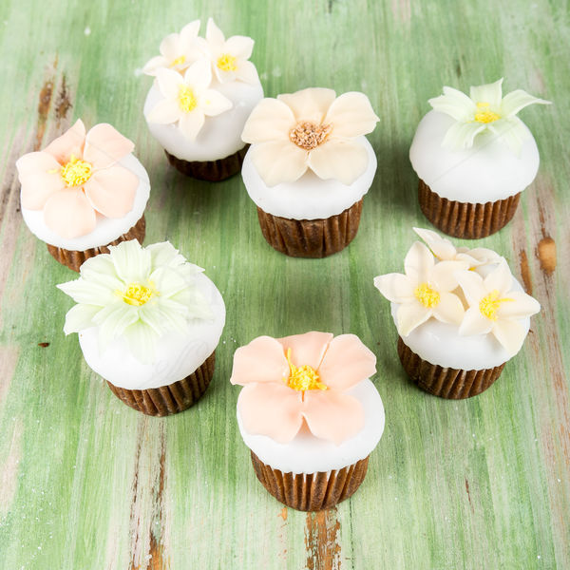 Mini cupcake nunta eleganta