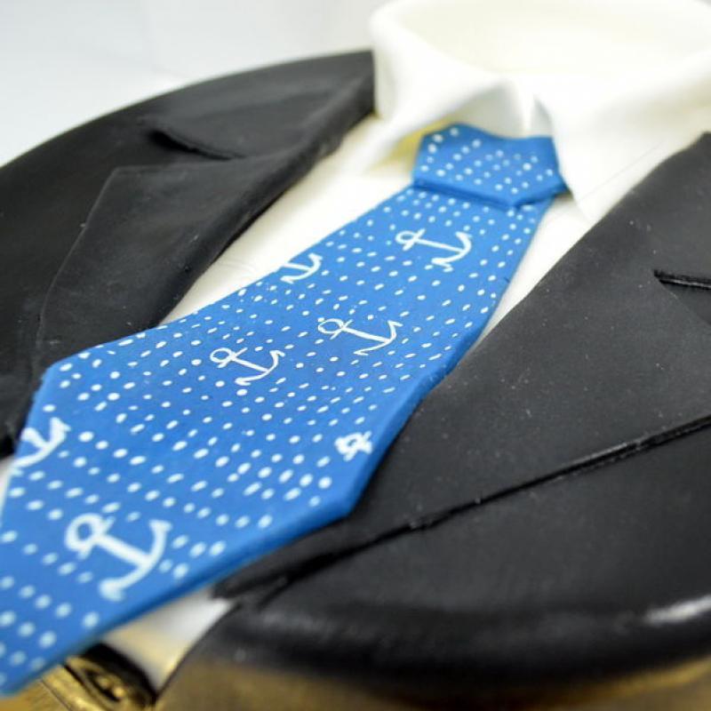 Tort Sacou si cravata
