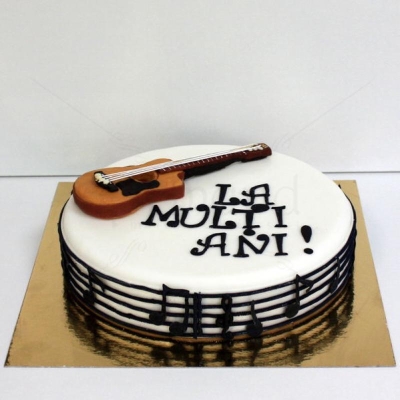 Tort Chitara clasica 2