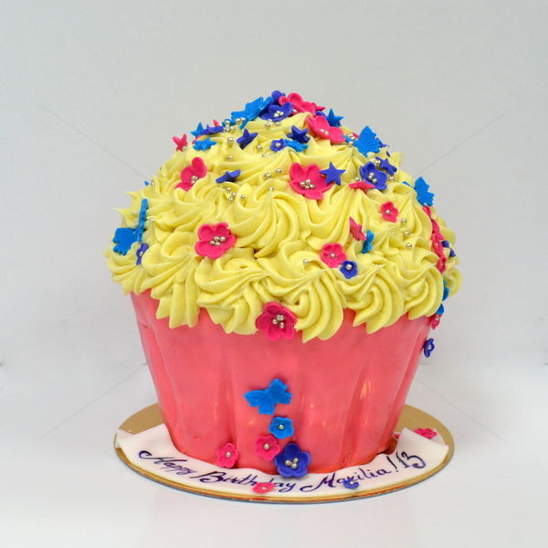 Tort Cupcake gigant