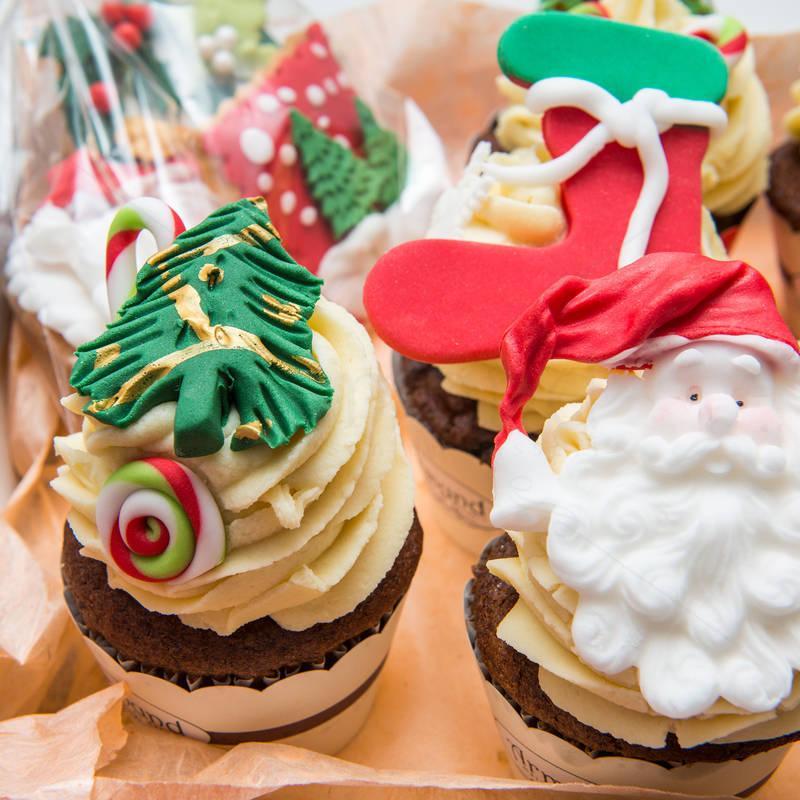 Pachet Cadou Cupcakes de Craciun