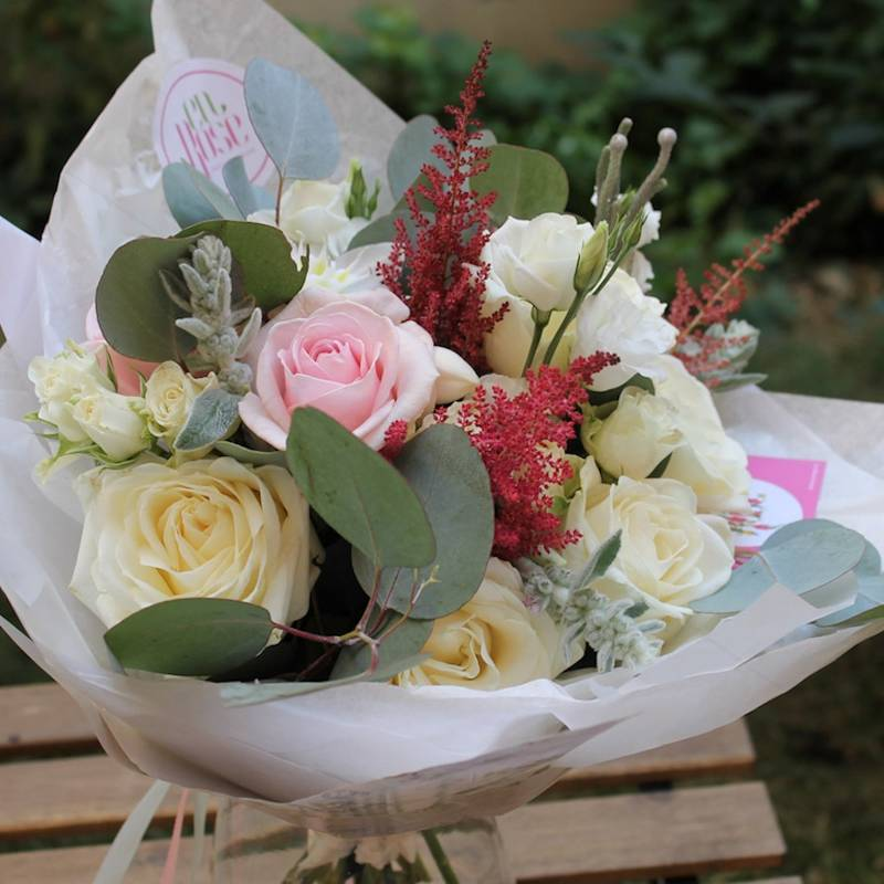 Buchet de Trandafiri alb si roz