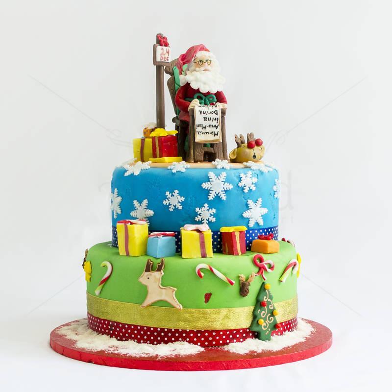 Tort Mos Craciun si cadouri