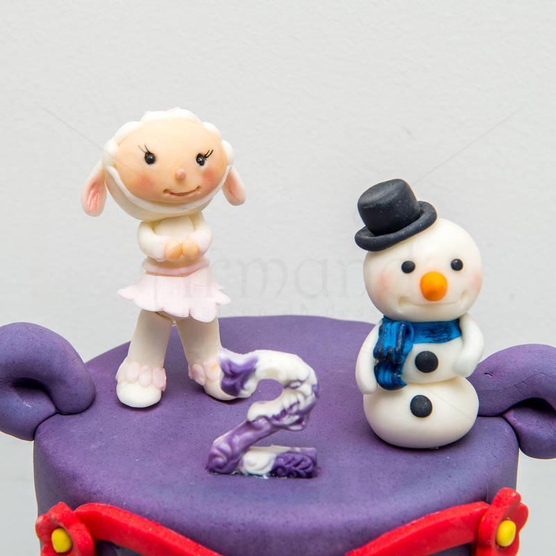 Tort Doctorita plushica figurine