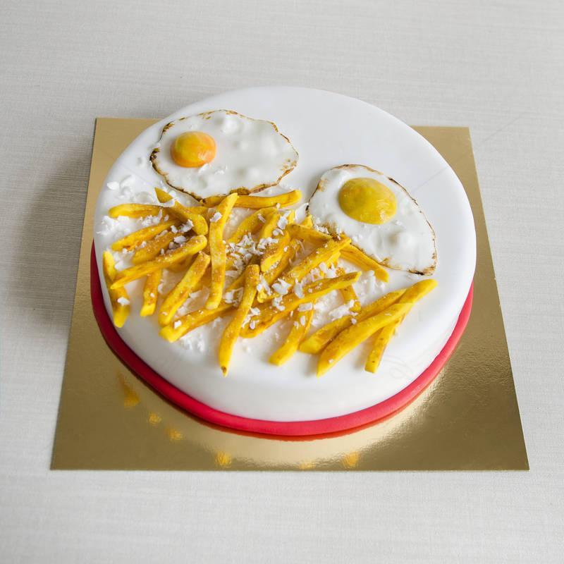 Tort Oua ochiuri si cartofi prajiti